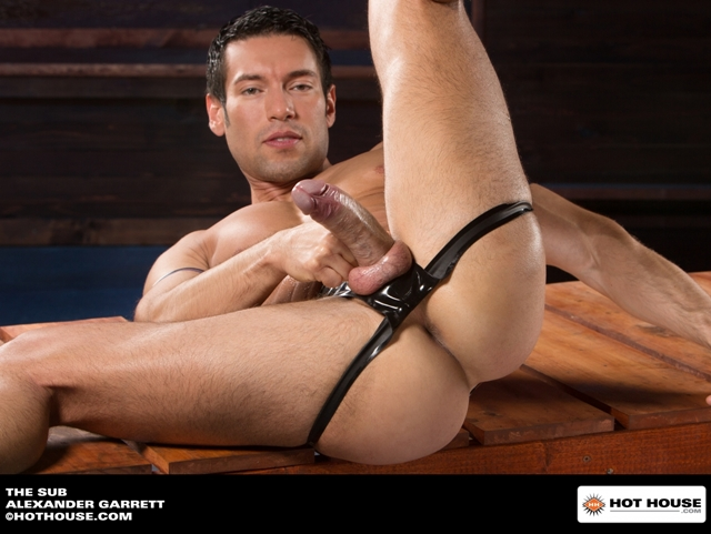 Muscle-hunk-sub-Alexander-Garrett-ass-fucked-Jimmy-Durano-huge-dick-Hothouse-02-photo