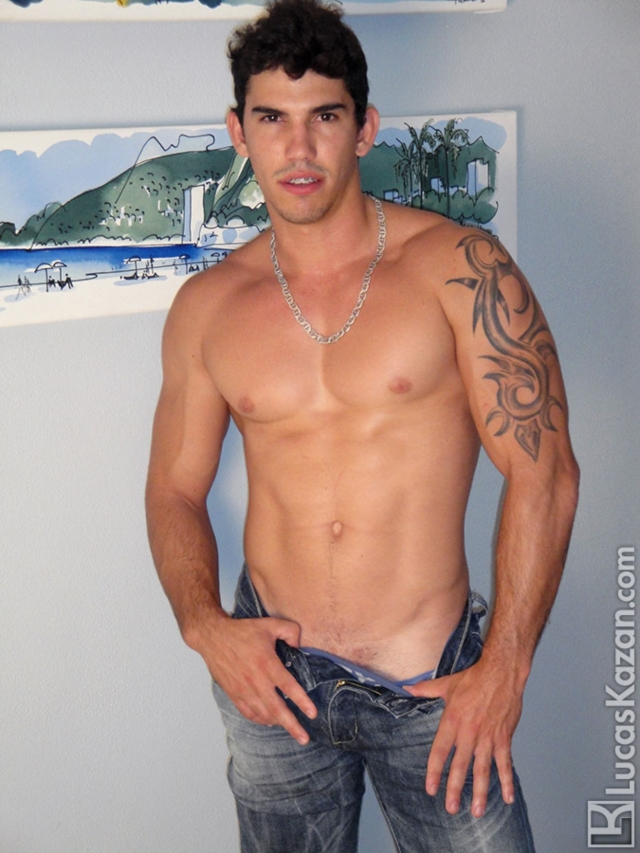 Diego-Lucas-Kazan-Italian-latin-gay-men-latino-straight-men-naked-straight-latino-men-05-pics-gallery-tube-video-photo