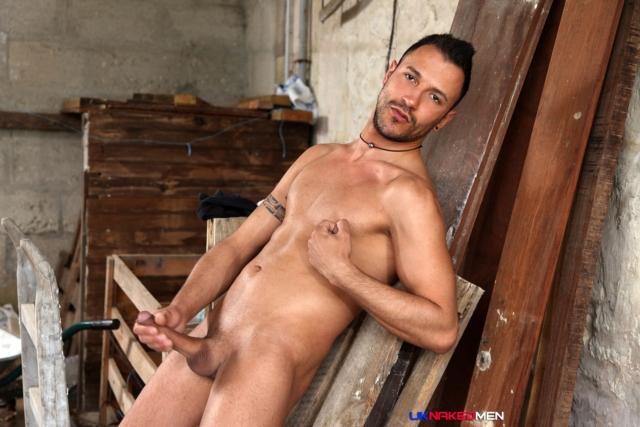 Juan-Perez-UKNakedMen-hairy-young-men-muscle-studs-British-gay-porn-English-Guys-Uncut-Cocks-05-gallery-video-photo