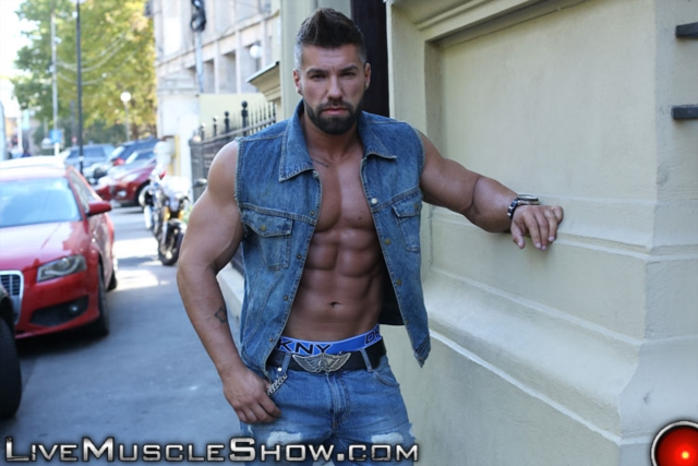 Lucas-Diangelo-Live-Muscle-Show-Gay-Naked-Bodybuilder-nude-bodybuilders-gay-muscles-muscled-gay-sex-photo05-gallery-video-photo