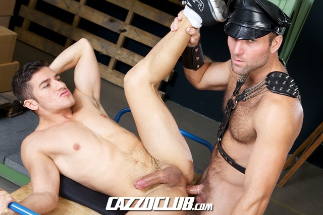 Angel-Pedroza-and-Tom-Wolfe-Cazzo-Club-naked-men-gay-porn-big-dick-tight-asshole-sneakers-rimming-cumshot-010-gallery-video-photo