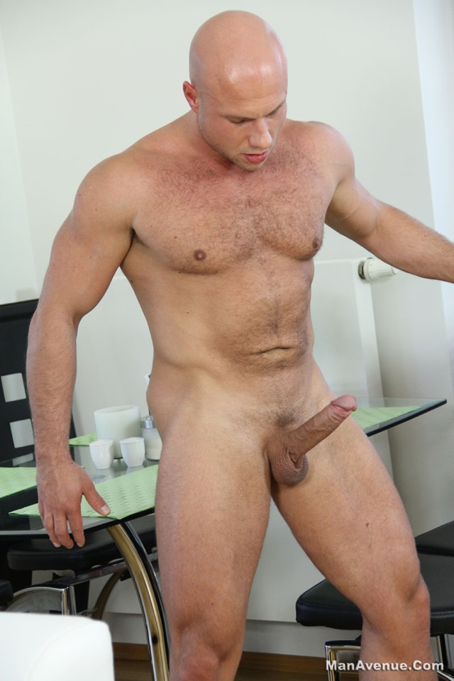 Bruce-Ford-Man-Avenue-gay-porn-star-Huge-Cocks-naked-men-muscle-hunks-smooth-muscular-dudes-nude-muscled-stud-008-male-tube-red-tube-gallery-photo