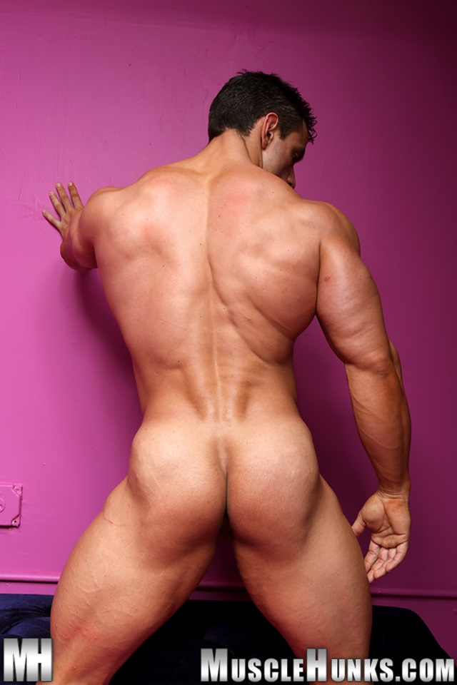 Macho-Nacho-Muscle-Hunks-nude-gay-bodybuilders-porn-muscle-men-muscled-hunks-big-uncut-cocks-nude-bodybuilder-014-gallery-photo