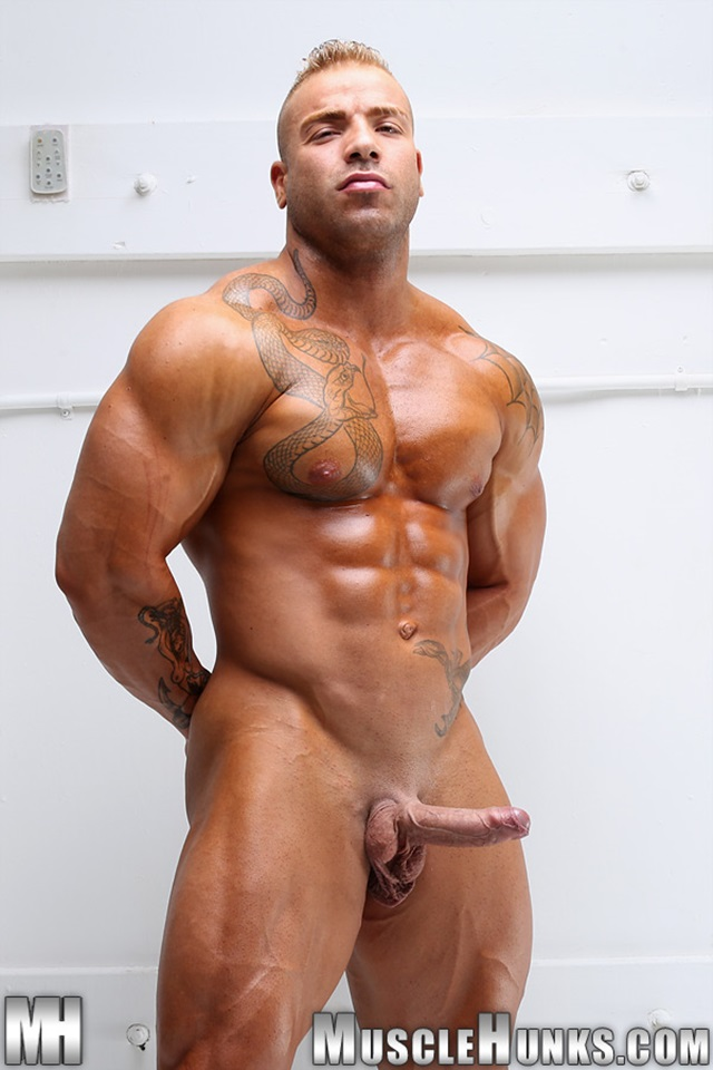 bodybuilding porn tube Especially when a milf's pussy looks as tight.
