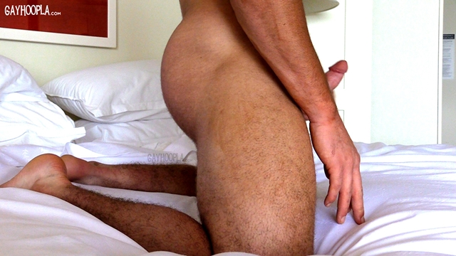 Gay-Hoopla-stunning-pecs-big-hard-cock-loves-strokes-Max-Summerfield-gay-porn-model-muscular-007-male-tube-red-tube-gallery-photo