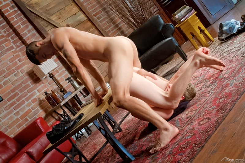 Joey-Rico-and-Liam-Harkmoore-Falcon-Studios-Gay-Porn-Star-fucking-Muscle-Hunks-Naked-Muscled-Men-young-jocks-ripped-abs-010-male-tube-red-tube-gallery-photo