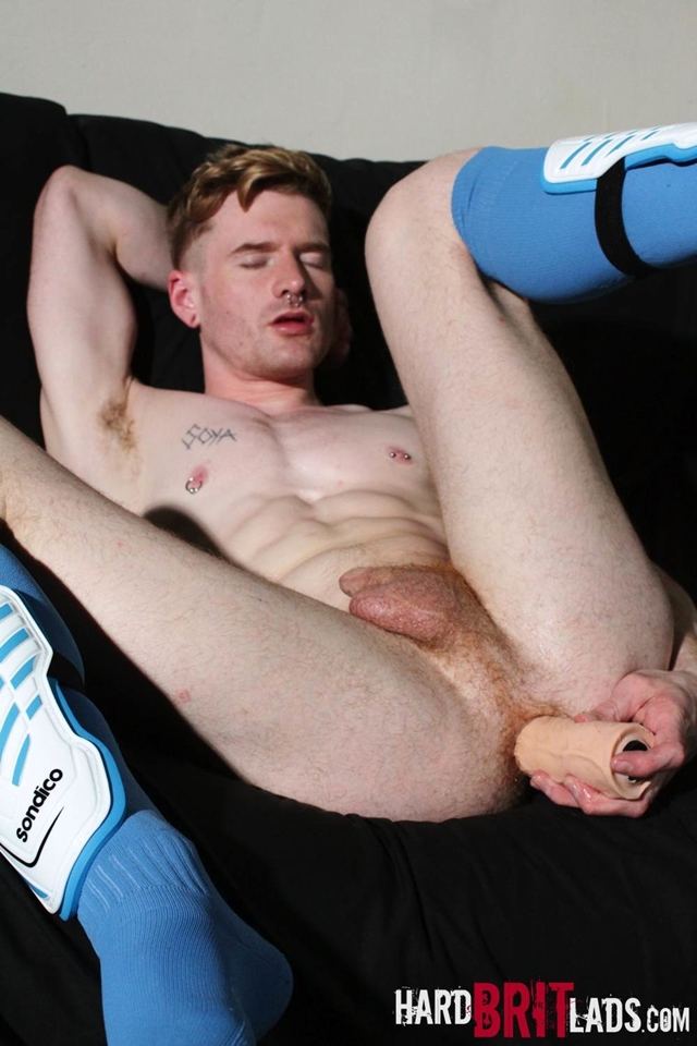 Hard-Brit-Lads-legs-ass-Seb-Evans-finger-hot-spunk-pecs-cum-spraying-ripped-abs-010-male-tube-red-tube-gallery-photo