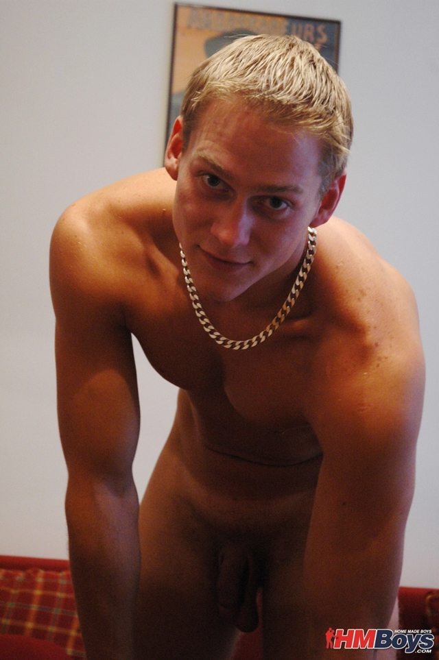 HMBoys-young-straight-stud-Daniel-D-strips-naked-jerks-small-boy-cock-huge-cumshot-creamy-boy-cum-011-male-tube-red-tube-gallery-photo