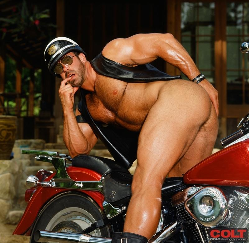 ColtStudios-Pete-Kuzak-world-famous-Colt-Man-masculine-male-gay-porn-stars-1970-1980-005-tube-download-torrent-gallery-sexpics-photo