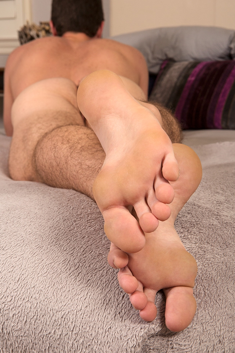 boy-hole-feet-porn