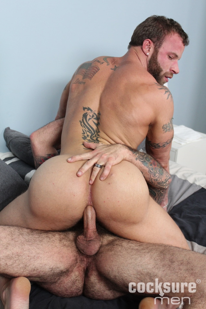Anal creampie oozes from hot chick after hard ass fuck 4