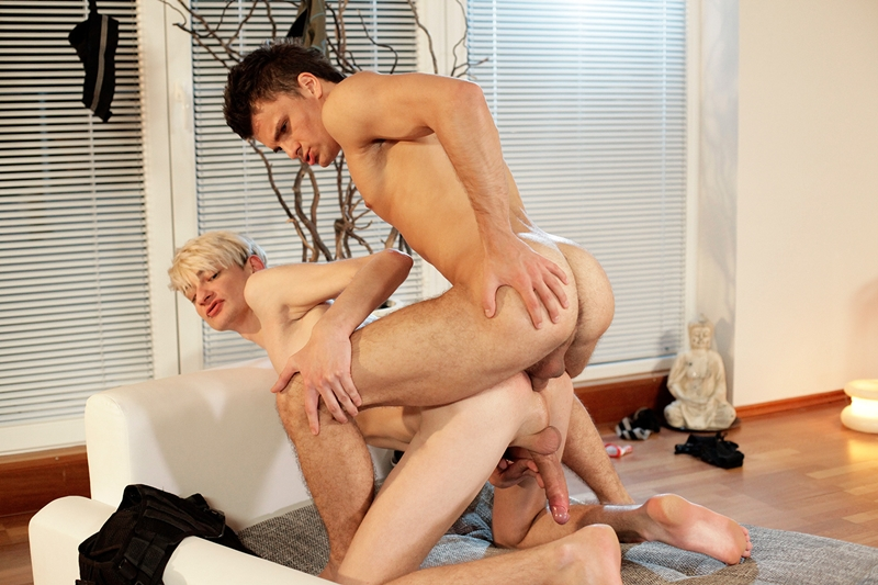 Are free young twink gay porn