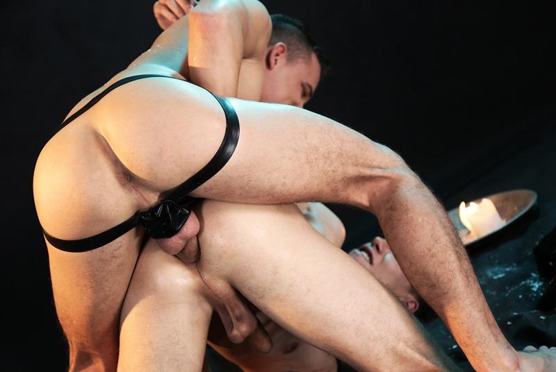 Back > Gay Fetish XXX > Gorgeous Gay Cock