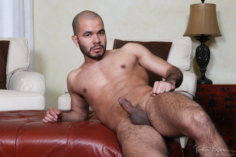 latinos anal sex oral sex kissing rimming raw bare dick 007 gay porn