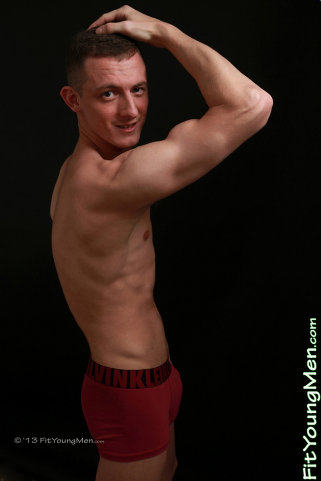 Nude athletes – hot young sporting dudes