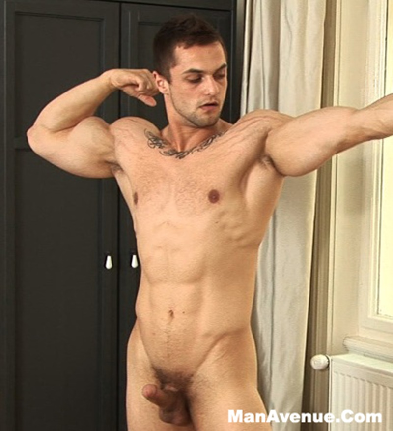 Muscle Stud Parker Beating Off