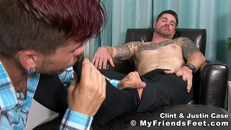 myfriendsfeet-foot-fetish-young-guys-socks-justin-case-clint-bare-foot-worshiping-huge-size-13-shoes-feet-fetishist-008-gay-porn-sex-gallery-pics-video-photo