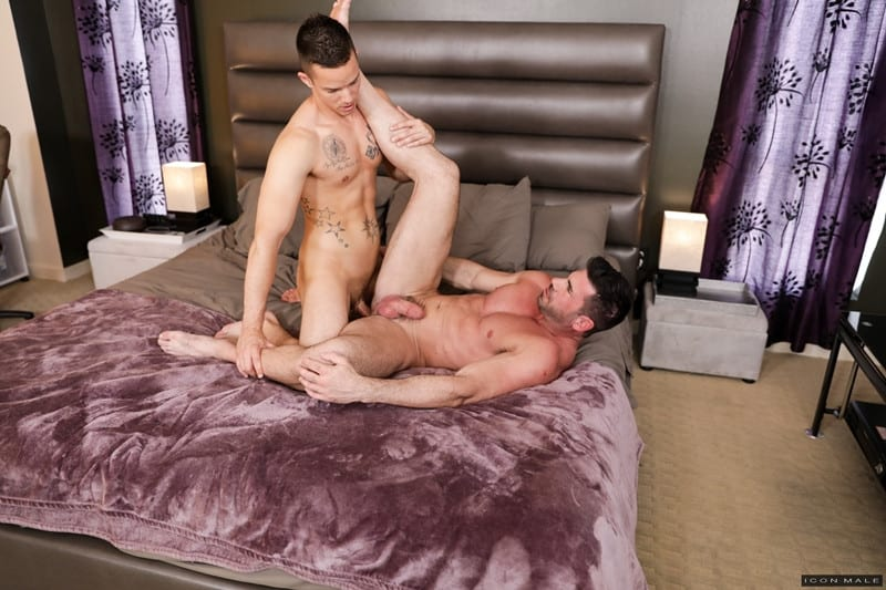 Men for Men Blog Nic-Sahara-Billy-Santoro-Big-muscle-dude-hot-bubble-ass-fucked-young-stud-huge-twink-dick-IconMale-014-gay-porn-pictures-gallery Big muscle dude Billy Santoro's hot bubble ass fucked by young stud Nic Sahara's huge twink dick Icon Male