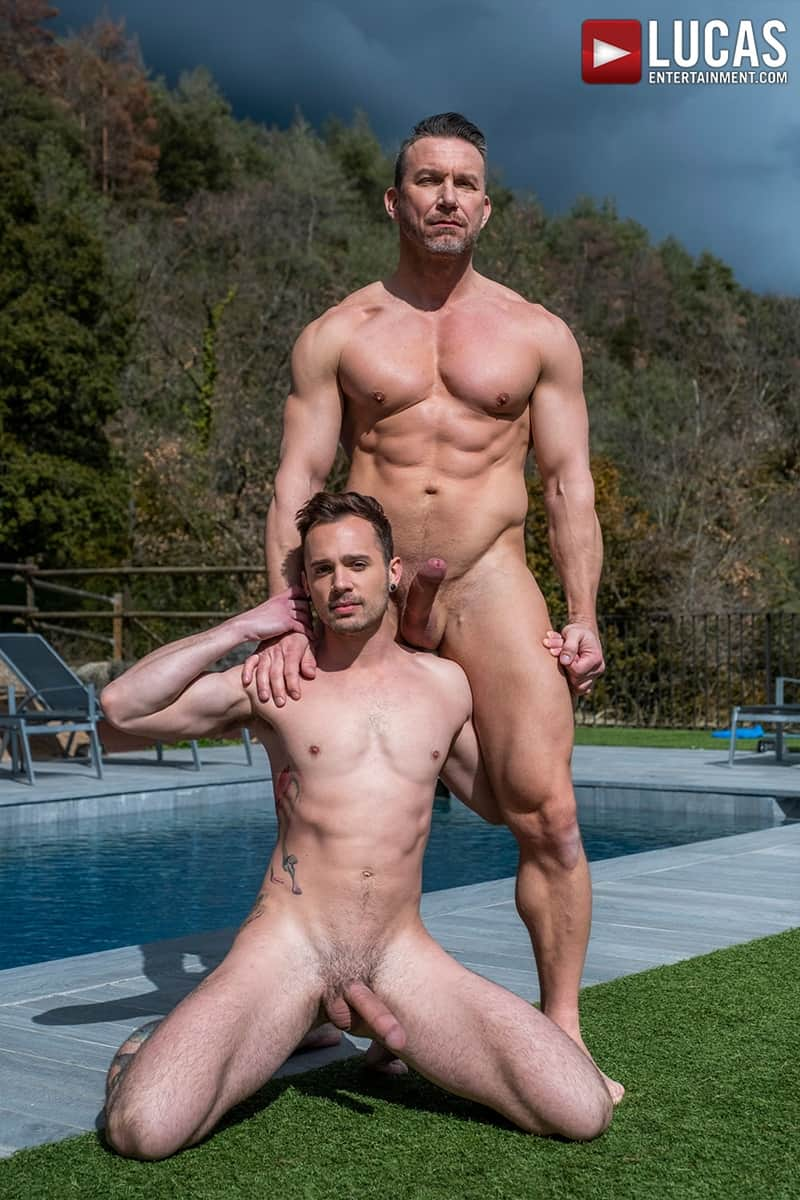 Muscle-Daddy-Tomas-Brand-bareback-fucks-Drake-Rogers-hot-bubble-butt-Ass-LucasEntertainment-010-Gay-Porn-Pics