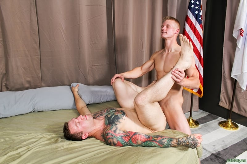 Army-dudes-ass-fucking-orgy-LeeRoy-Jones-Blake-Effortley-Mike-OBrian-Mike-Johnson-ActiveDuty-007-Gay-Porn-Pics