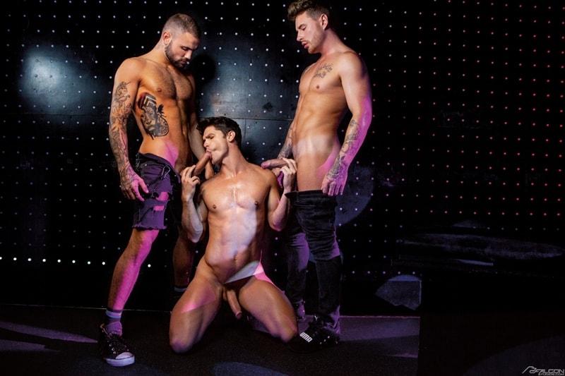 Josh-Moore-Jeffrey-Lloyds-huge-cocks-spit-roasting-Devin-Franco-hot-bubble-butt-ass-hole-FalconStudios-001-Gay-Porn-Pics
