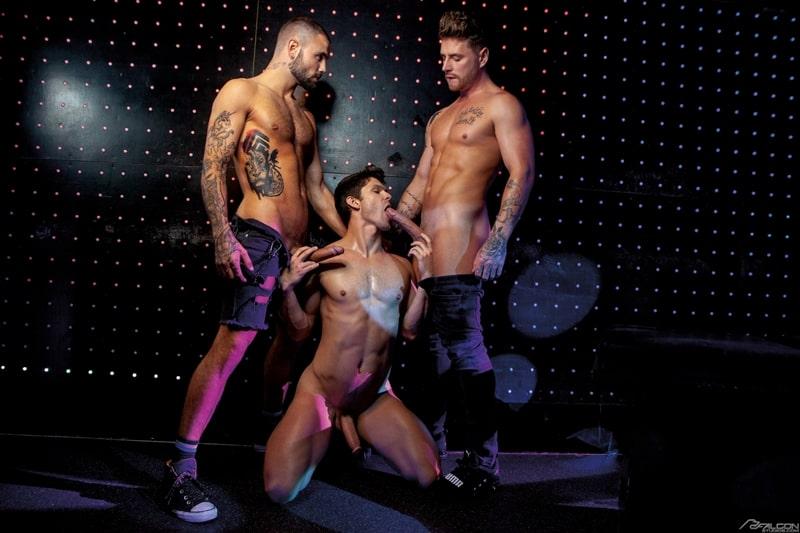 Josh-Moore-Jeffrey-Lloyds-huge-cocks-spit-roasting-Devin-Franco-hot-bubble-butt-ass-hole-FalconStudios-004-Gay-Porn-Pics