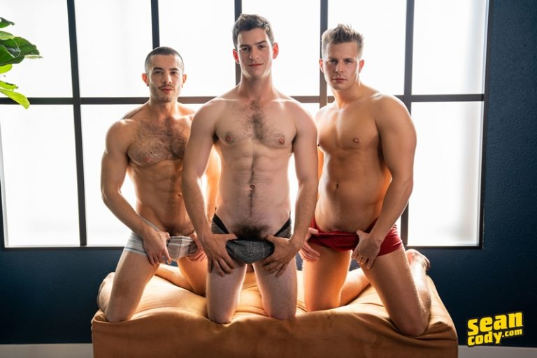 Nixon's big muscle dick bareback fucks Archie while he and Manny 69